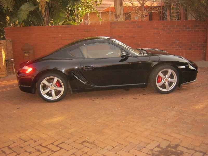 Cayman S side